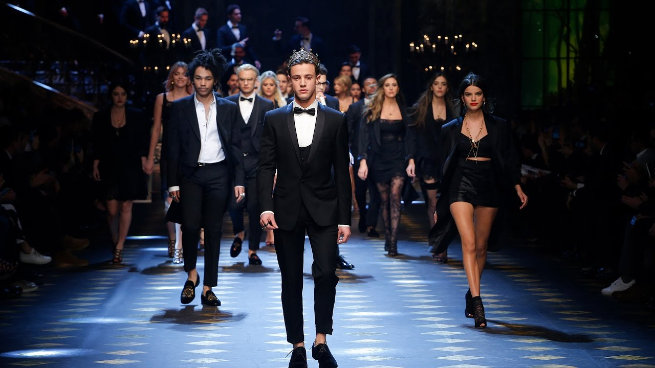 Compelling Reasons to Watch a Fashion Show